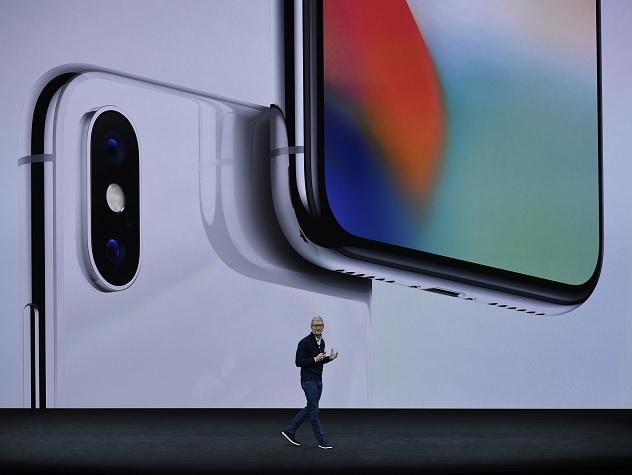 Apple представила обновленные модели iPhone