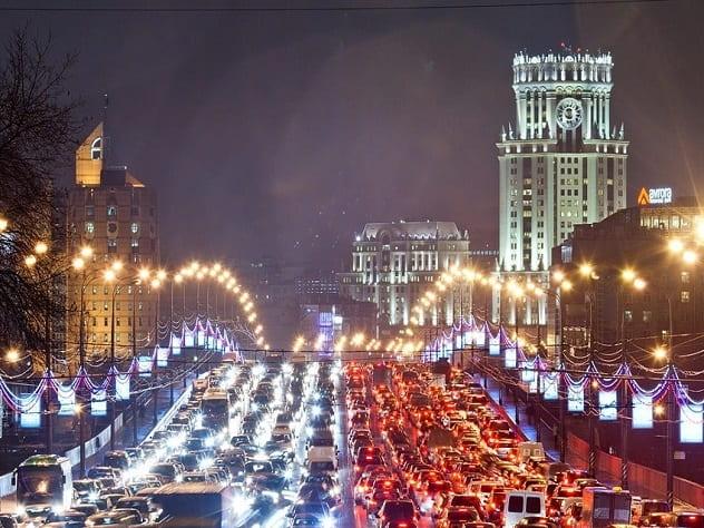 Специалисты: трафик вцентральной части Москвы вырос домаксимума за 5 лет