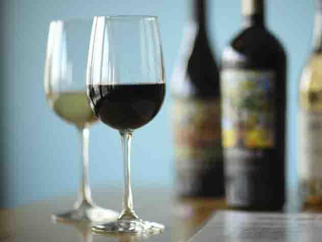 «Умный» штопор нальет вино иззакрытой бутылки