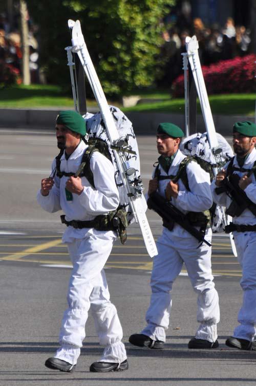 Испанские горные стрелки на параде. 2010 год. flickr.com
