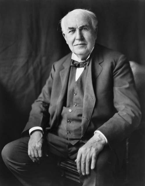 Томас Эдисон в 1922 году. Wikimedia