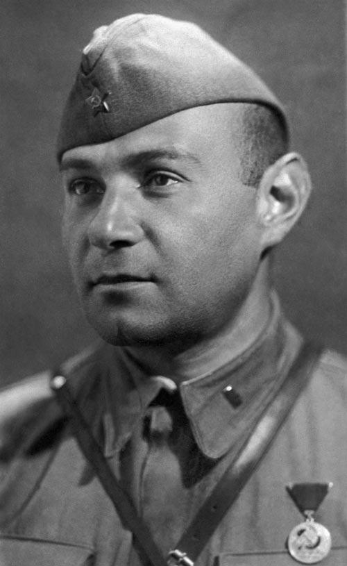 Герой Советского Союза Цезарь Куников, 1941 год. Источник: ИТАР-ТАСС