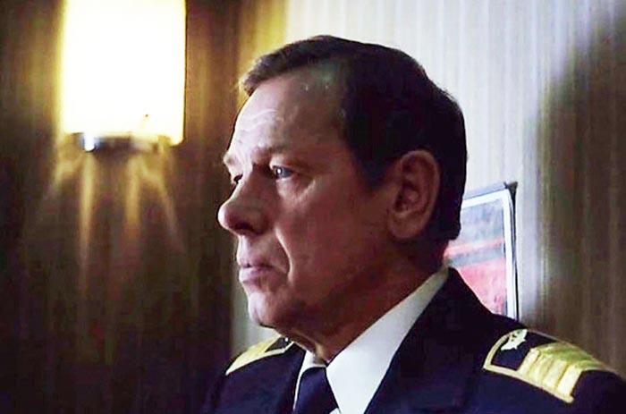 Кадр из фильма «Экипаж» (1979 г.). В главной роли – Георгий Жженов