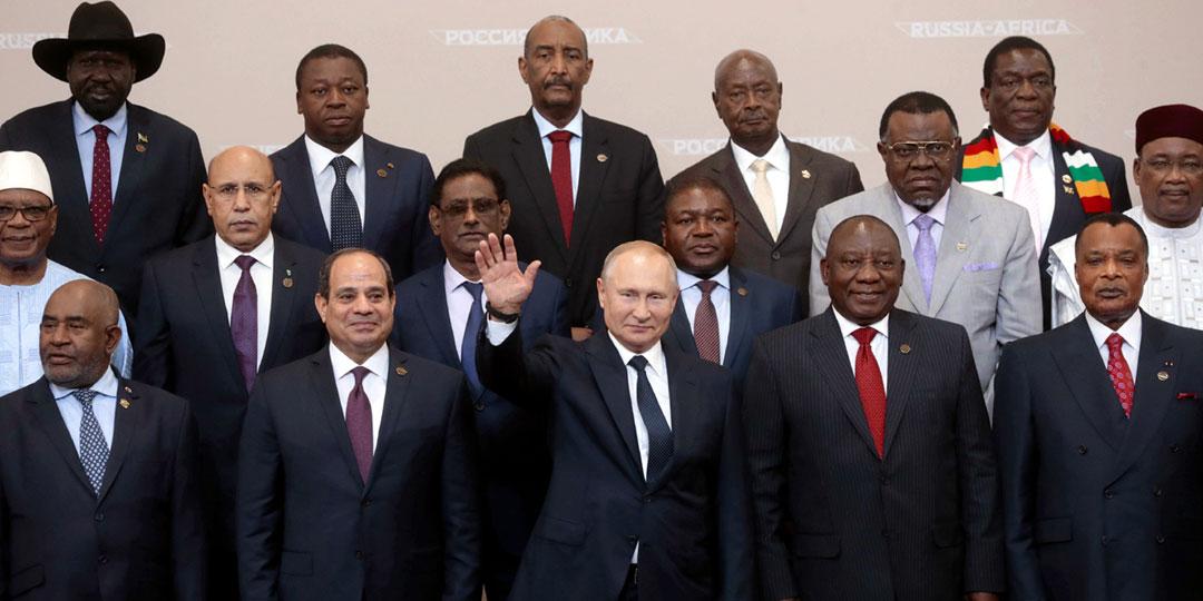 На саммит в Сочи приехали главы 43 государств и делегации из всех 54 стран Африки. Для сравнения: похожее по формату собрание в США в 2014 году посетили главы всего 34 государств. Фото: © Reuters