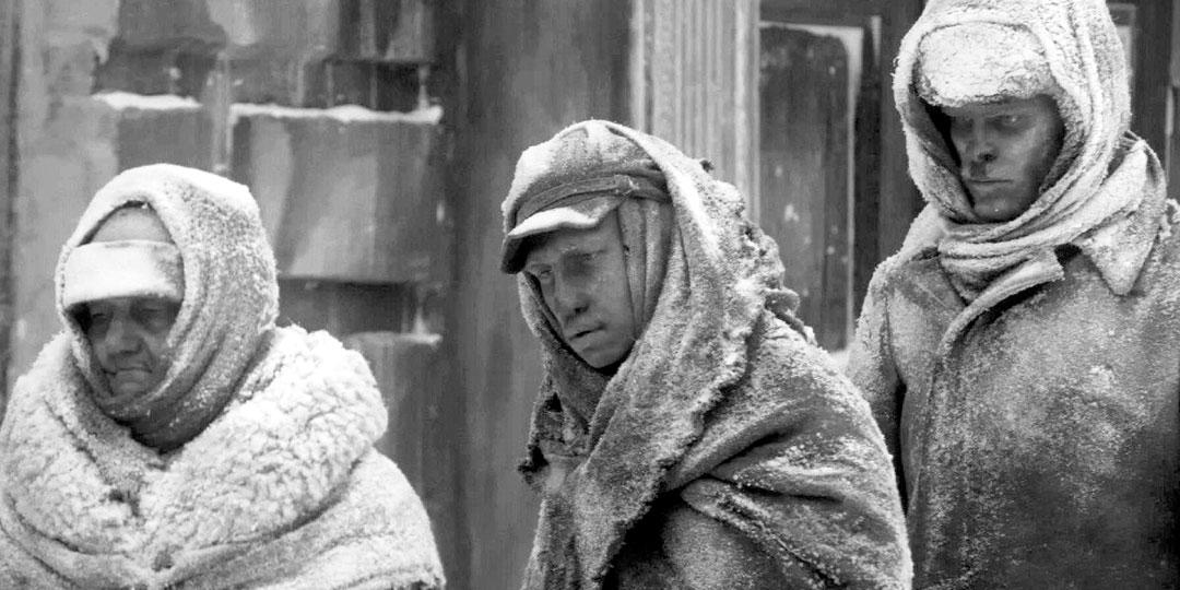 Такими наших мужественных предков-ленинградцев показали креативные киношники