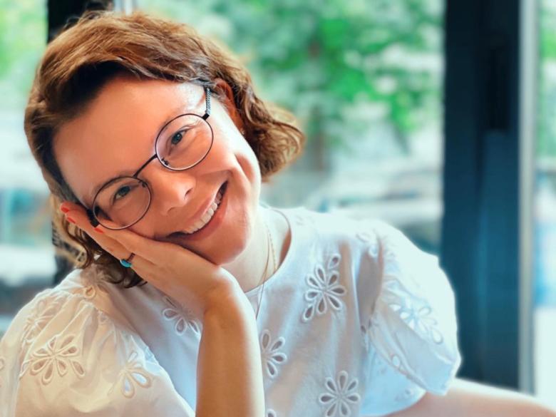 «Люблю нежной любовью»: молодая жена Петросяна в тяжелом люксе сделала признание